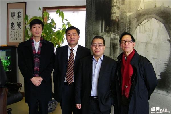 2011年右起:虞自强、郑高阳、郑朝阳合影